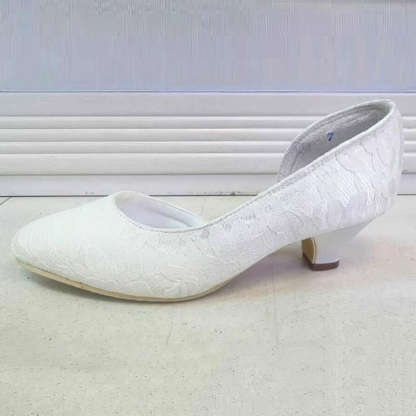 Women's Lace   Low Heel Pumps Closed Toe