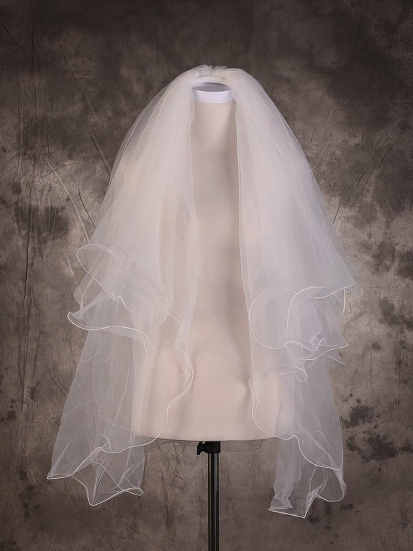 Three-tier Ivory Elbow Bridal Veils