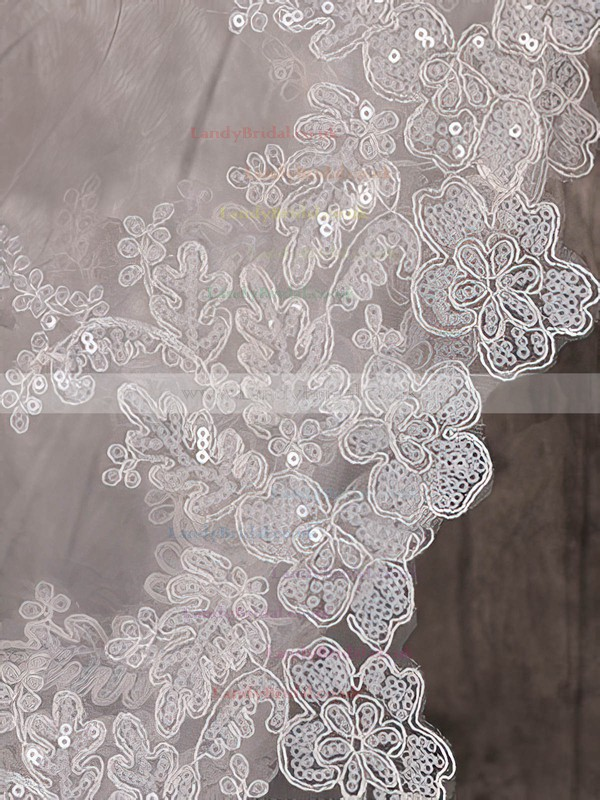 One-tier Ivory Cathedral Bridal Veils with Sequin