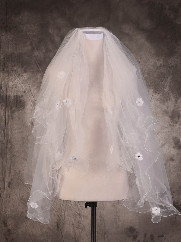 Two-tier Ivory Fingertip Bridal Veils with Rhinestones/Satin Flower