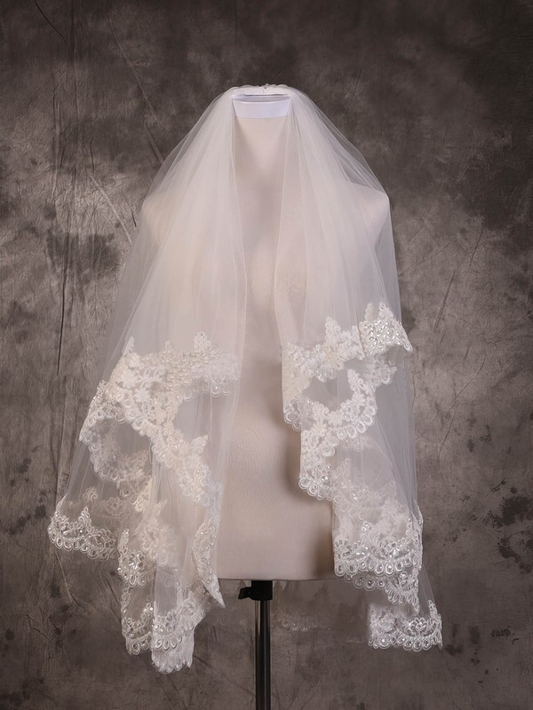 Two-tier Ivory Fingertip Bridal Veils with Sequin/Applique #LDB03010078