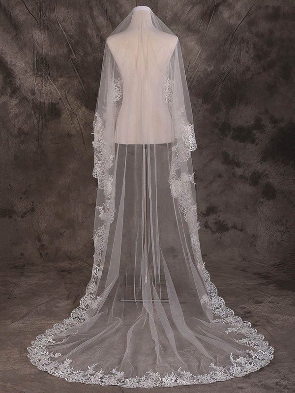 One-tier Ivory Cathedral Bridal Veils with Applique #LDB03010081