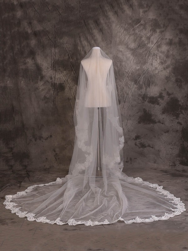 One-tier Ivory Cathedral Bridal Veils with Applique #LDB03010084