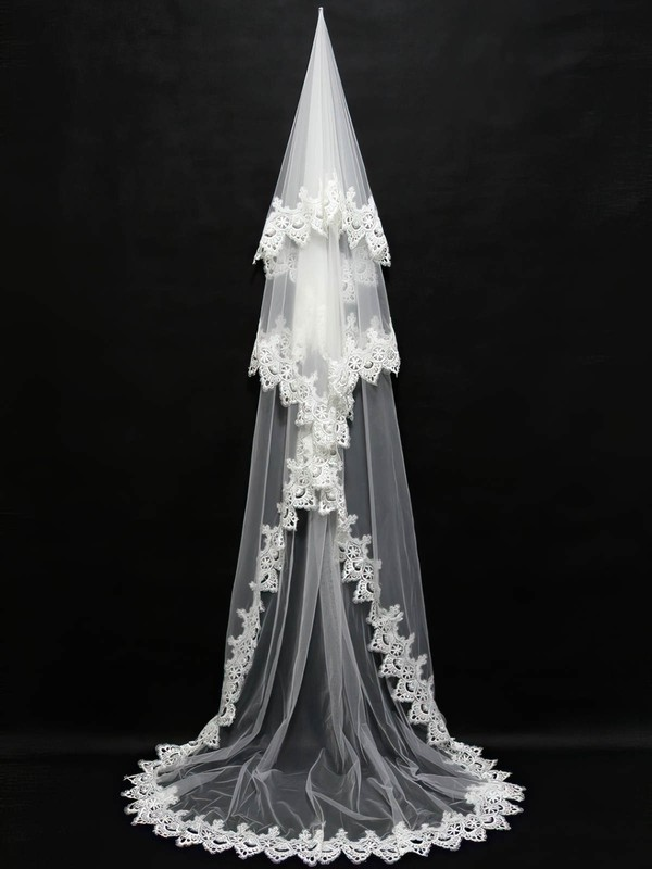 Three-tier Ivory Chapel Bridal Veils with Applique