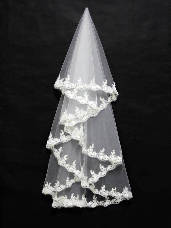 Three-tier Ivory Fingertip Bridal Veils with Applique #LDB03010096