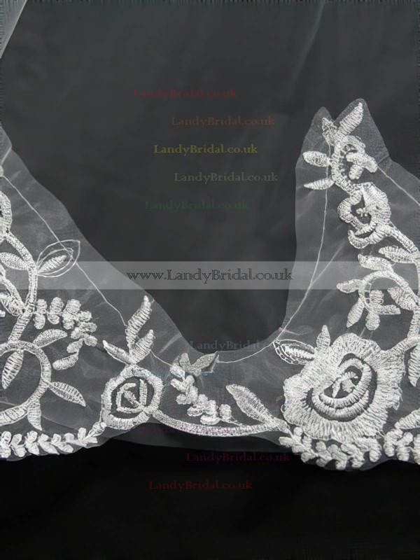 Two-tier White Chapel Bridal Veils with Embroidery