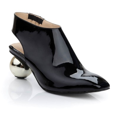 Women's Black Patent Leather Closed Toe #LDB03030471