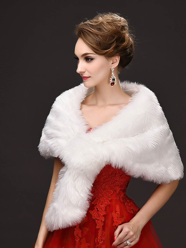 Faux Fur Sleeveless Shawl #LDB03040018