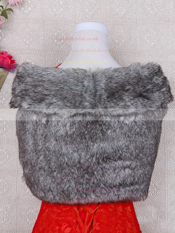 Faux Fur Sleeveless Shawl #LDB03040023