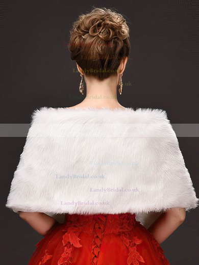 Faux Fur Off-the-Shoulder Sleeveless Shawl #LDB03040029