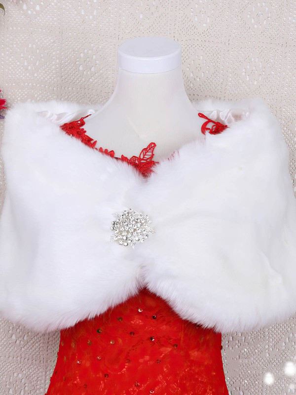 Faux Fur Off-the-Shoulder Sleeveless Shawl with Beading