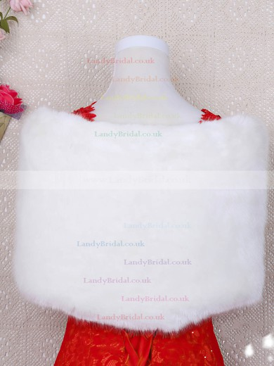 Faux Fur Off-the-Shoulder Sleeveless Shawl #LDB03040035