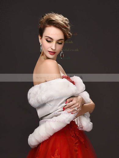 Faux Fur Sleeveless Shawl #LDB03040049
