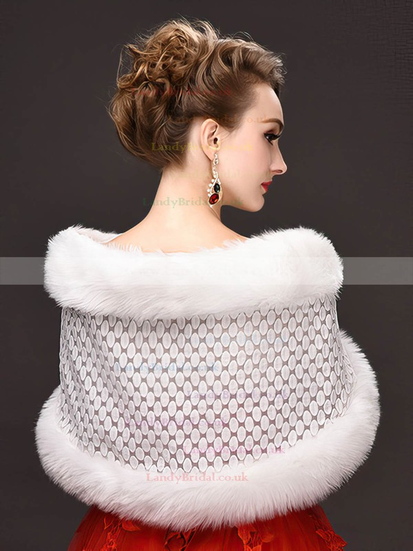 Feather/Fur Sleeveless Shawl