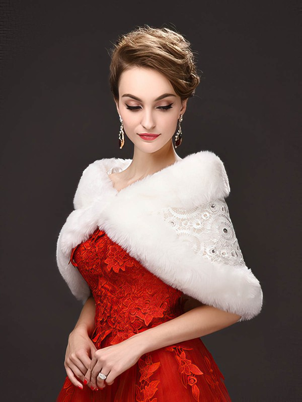 Faux Fur/Lace Sleeveless Shawl with Lace/Beading