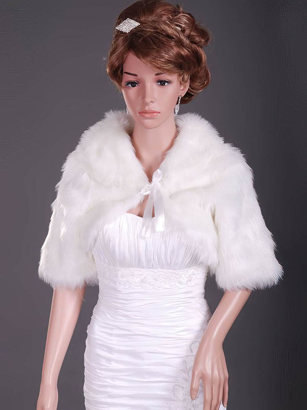 Half-Sleeve Feather/Fur Wedding Jackets/Wraps #LDB1420031