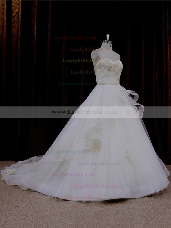 Vintage Sweetheart Ivory Tulle Appliques Lace Chapel Train Wedding Dresses #LDB00021632