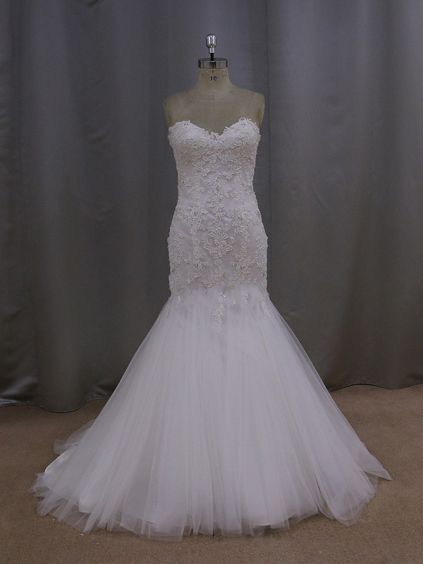 Cheap Trumpet/Mermaid Ivory Tulle Appliques Lace Sweetheart Wedding Dresses #LDB00021992