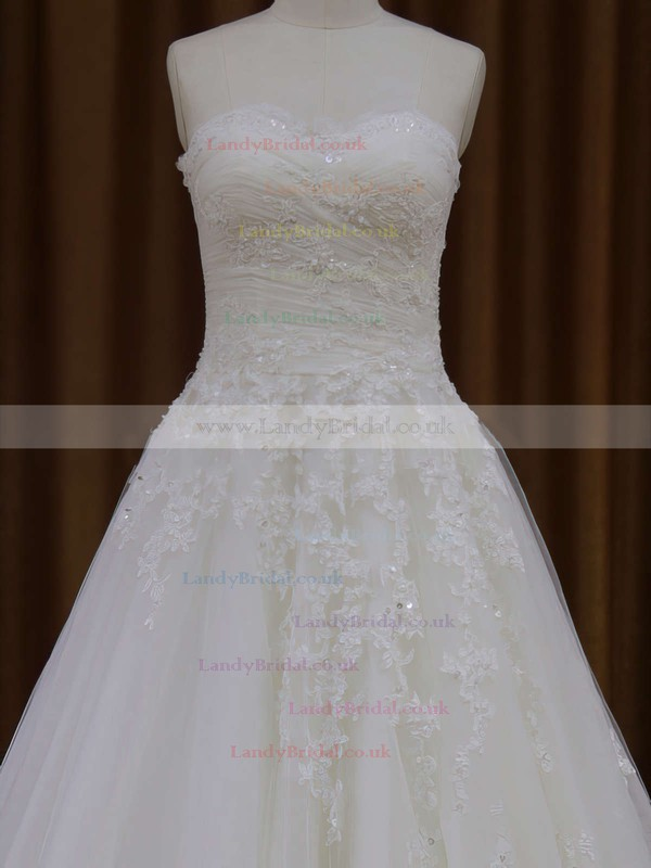 Sweetheart Ivory Promotion Tulle Appliques Lace Court Train Wedding Dresses #LDB00021829