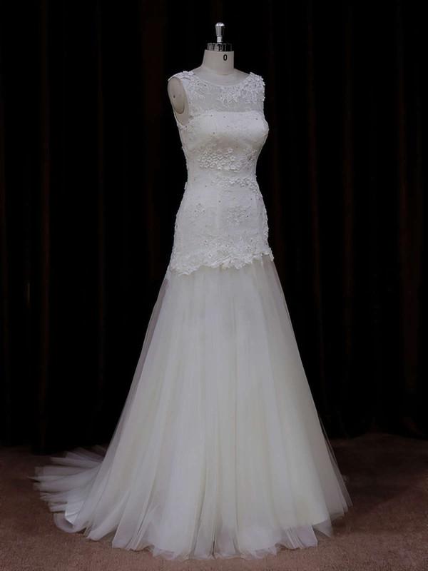 Ivory Scoop Neck Tulle Appliques Lace Trumpet/Mermaid Wedding Dresses #LDB00021924